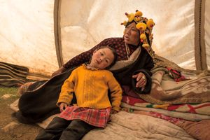 Tibetan mother and daughter