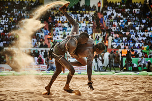 BB Bismi Ndoye defeats the wrestler Maraka Dji in the Demba Diop stadium, in a fight on April the 5th 2015. Some fights last no longer as 90 seconds, only a few more than 15 minutes or more.