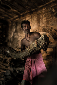 For a hundreds of years the ceremonial wood arrives to Varanasi, creates the history of the city and determines the culture of Hindu people.