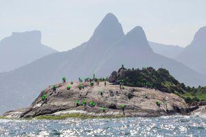 Arpoador Rock (Rio de Janeiro / Brazil) / Nobody's Nobodies Serie