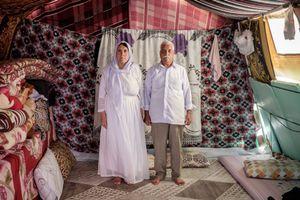 Khadeda and Kojar in Diyarbakir yazidi refugee camp (Turkey)