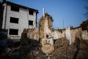 Destroyed walls