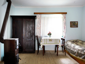 Stove, wardrobe, table & bed,Daia 2015