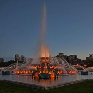 Chicago Blue Hour (V)