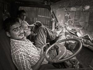 Refuse collectors, Naxal