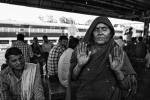 IMPRESSIONS AT THE OLD DELHI RAILWAY STATION 49