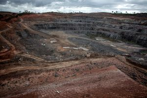 The main working area of Belo Monte, where the powerhouse will be built. The turbines will generate up to 11.000 MW when working at full capacity thanks to a ninety mters high artificial waterfall. The Belo Monte dam complex will be the third largest in the world once built. It will flood an area of approximately 500 square kilometers. © Dario Bosio/Parallelozero