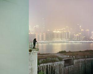 Vue sur la rivière Jialing, Chongqing. Chine, Décembre 2017