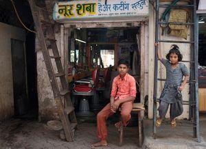 Barber shop, Dharavi