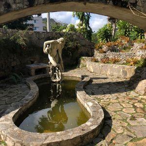 Statue, Soroa Orchid Garden
