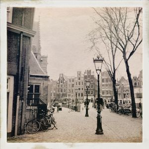Hundreds of Years, Amsterdam