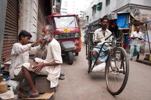 Kolkata Street Barber