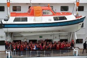 KREUZFAHRER - Rettungsboot I | cruise ship - lifeboat I