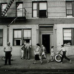 East 108th Street, New York, NY, 28 September 1959 © Vivian Maier/John Maloof Collection. Courtesy Howard Greenberg Gallery, New York