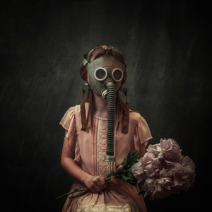 The Girl in the Mask 1