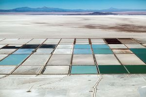 Lithium evaporation pools