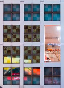 Window to the crowed Shibua-crossing