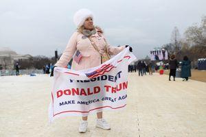 Trump Flag at Inauguration 1