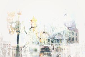 Venetian motif