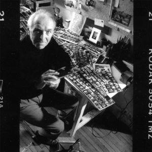 Photographing Robert Doisneau 1 (detail): Robert on panoramic strip