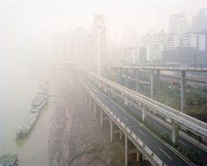 Jialing Rivershore Drive, Jialing River, Chongqing 2005. © Ferit Kuyas.