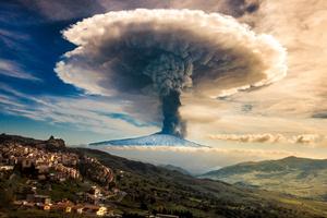 Etna Explosion 1