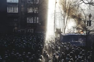 © Maxim Dondyuk, Riot police began to storm Maidan after clashes on Shelkovichna street. 18 February 2014, Kiev, Ukraine. Series: Culture of the Confrontation
