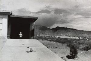 Albuquerque, 1957 © Garry Winogrand. Courtesy of Fraenkel Gallery.