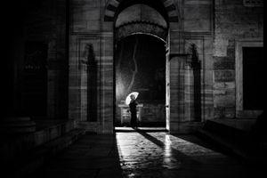 The Russian Girl © Alan Thomas Duncan Wilkie
