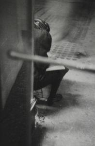 New York, circa 1960 © Saul Leiter / courtesy Howard Greenberg Gallery, New York