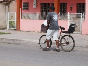 Cuba and old bikes