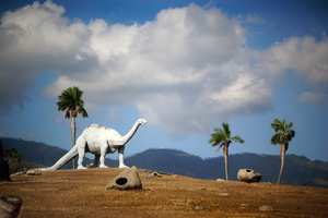 Dinosaurus in CUba - powereful metaphor