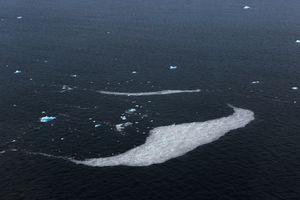 Ice between Qaarsut Uummannaq