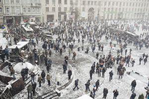 Protesters near Lobanovskoho stadium during armistice. Kyiv, Jan. 21, 2014.