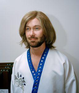Guy as Björn.