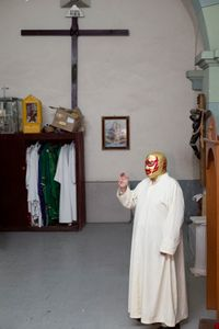 Fray tormenta at his parish.