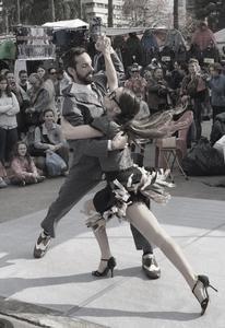 Comic  tango