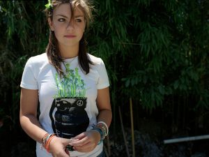 Hannah, 2008 © Laura Sackett