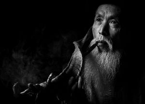 The pipe maker