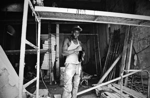 Construction worker in Havana