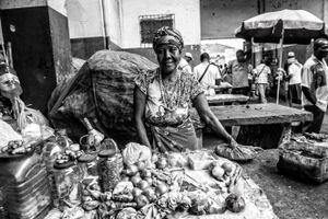 Women Workers. Kimbandeira.
