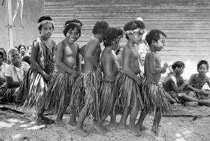 Children Of Fanning Island