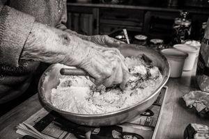 Making Bread 05