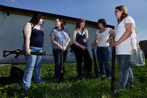 Young women at the marksmen's Festival   Participantes à la fête federal de tir, Gruyère