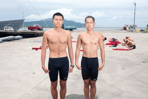 """Every year, 100 Taiwanese youngsters test themselves to the limits in order to become frogmen. The training has been called """"hardest training on Earth"""". For them, being a marine commando means fame and money. For the Taiwanese military, they are good PR. Huang Adrian (on the right) says he came to the training """"to become a real man"""" © Touko Hujanen"""