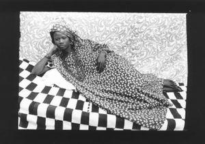 Untitled, 1956/57 © Seydou Keïta / SKPEAC / courtesy CAAC - The Pigozzi Collection, Geneva