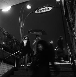 On the road, Paris, Rainy day hustle