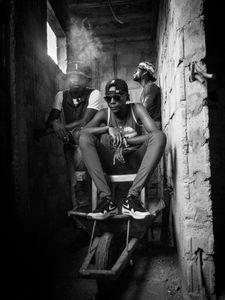 Les murs respirent nos vapeurs (Bitume boudoir 004)