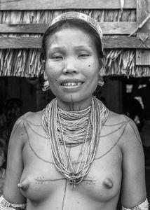 Femme Mentawai. Notre hôtesse.