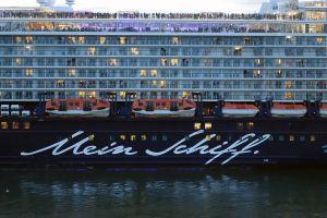 KREUZFAHRER | cruise ship